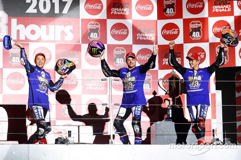 «8 часов Сузуки»: Кацуюки Накасуга, Алекс Лоус, Майкл ван дер Марк, Yamaha Factory Racing Team