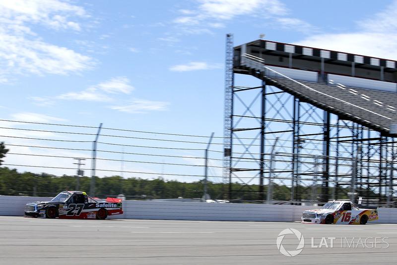 Ben Rhodes, ThorSport Racing Toyota, Ryan Truex, Hattori Racing Enterprises Toyota