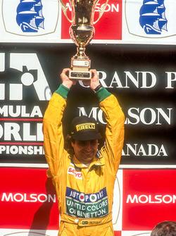 Podium: race winner Nelson Piquet, Benetton Ford