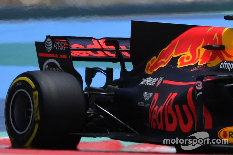 Задняя часть Red Bull RB13