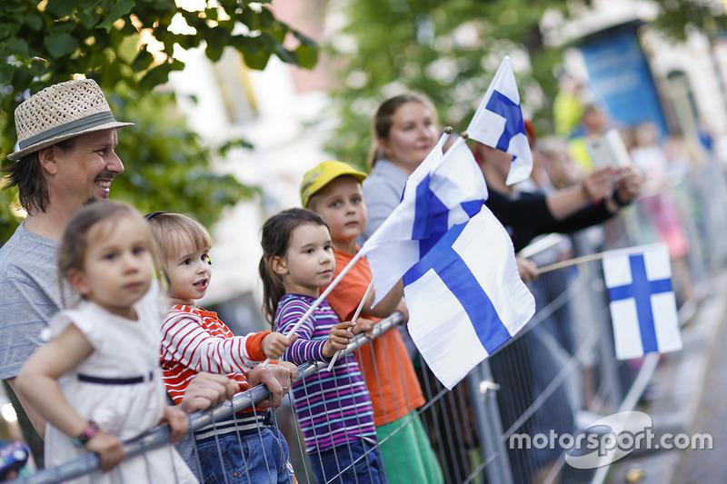 Aficionados en el Rally de Finlandia