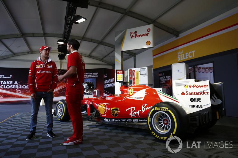 Себастьян Феттель, Ferrari, на події Shell