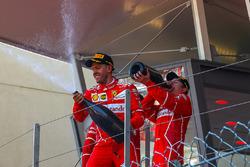 Переможець Себастьян Феттель, Ferrari та Кімі Райкконен, Ferrari