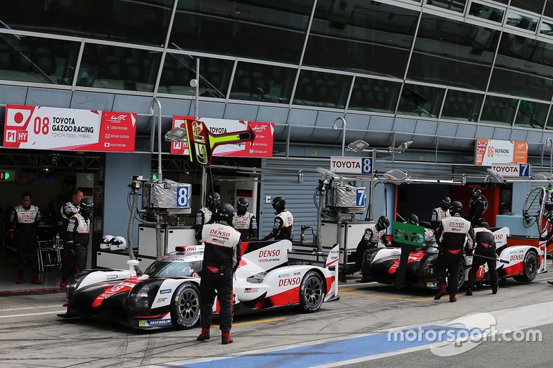 #8 Toyota Gazoo Racing Toyota TS050 Hybrid: Anthony Davidson, Nicolas Lapierre, Kazuki Nakajima, #7