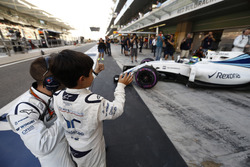 Felipinho Massa met vader Felipe Massa, Williams FW38