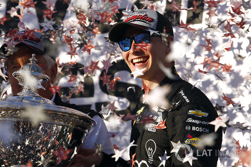 Josef Newgarden titré en IndyCar