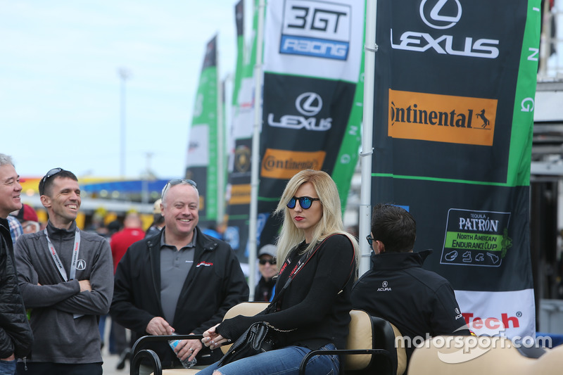 Courtney Force, wife of Graham Rahal