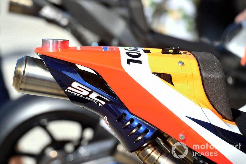 Honda RC213V: Auspuff