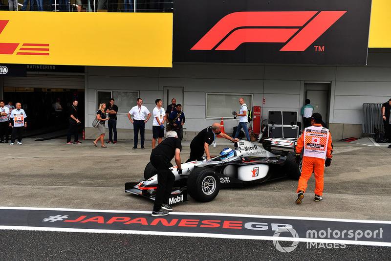 Мика Хаккинен, McLaren MP4-13, Legends F1 30th Anniversary Lap Demonstration
