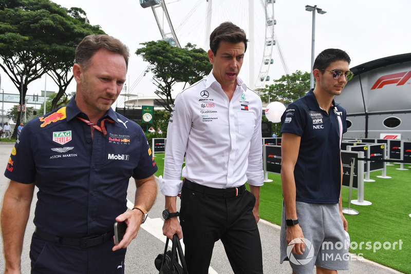 Christian Horner, team principal Red Bull Racing, Toto Wolff, directeur exécutif Mercedes AMG F1 et Esteban Ocon, Racing Point Force India F1 Team