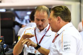 Jonathan Neale, directeur général de McLaren et Zak Brown, directeur exécutif du McLaren Technology Group