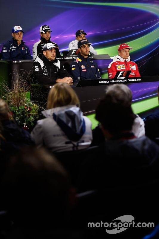 FIA-Pressekonferenz: Marcus Ericsson, Sauber F1 Team; Sergio Perez, Sahara Force India F1; Felipe Ma
