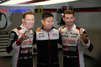 Pole sitters #7 Toyota Gazoo Racing Toyota TS050: Mike Conway, Kamui Kobayashi, Jose Maria Lopez