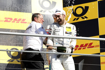 Champion Podium: Champion Gary Paffett, Mercedes-AMG Team HWA, Ullrich Fritz, Team principal Mercedes-AMG HWA