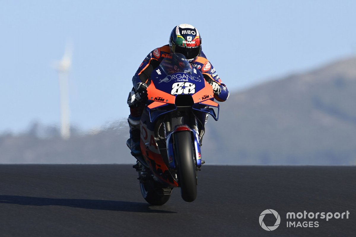 P1 Miguel Oliveira, Red Bull KTM Tech 3