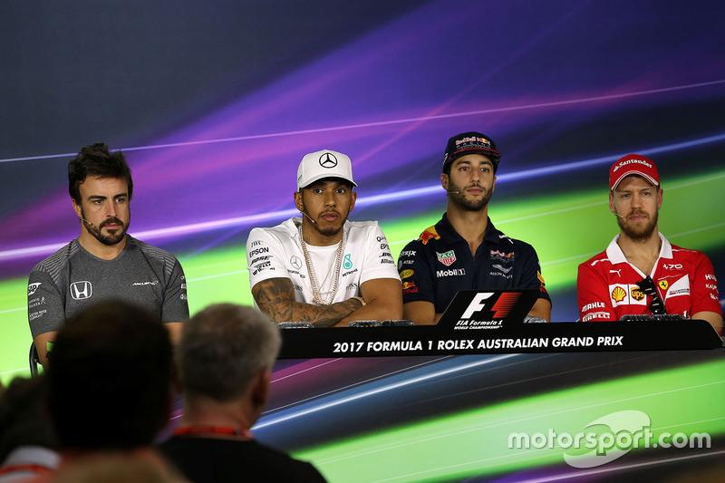 Lewis Hamilton, Mercedes AMG F1 Daniel Ricciardo, Red Bull Racing Sebastian Vettel, Ferrari; y Fernando Alonso, McLaren