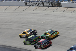 Kyle Larson, Chip Ganassi Racing, Chevrolet; Ryan Blaney, Team Penske, Ford; Erik Jones, Joe Gibbs Racing, Toyota; Daniel Suárez, Joe Gibbs Racing, Toyota
