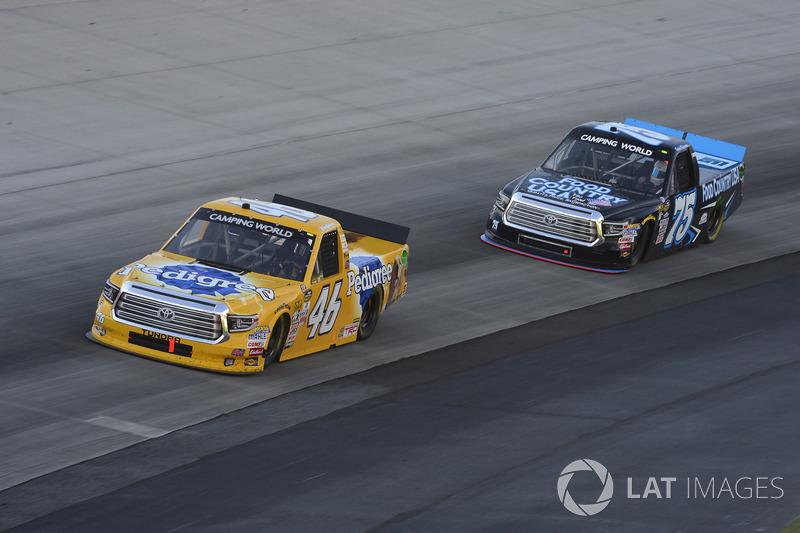 Todd Gilliland, Kyle Busch Motorsports, Toyota; Parker Kligerman, Henderson Motorsports, Toyota