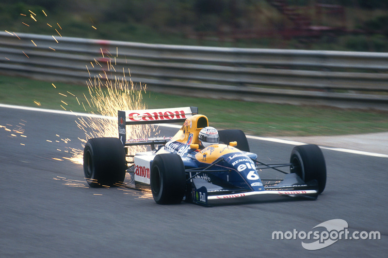 23: Riccardo Patrese: 109 grandes premios (el 42,58% de los disputados)