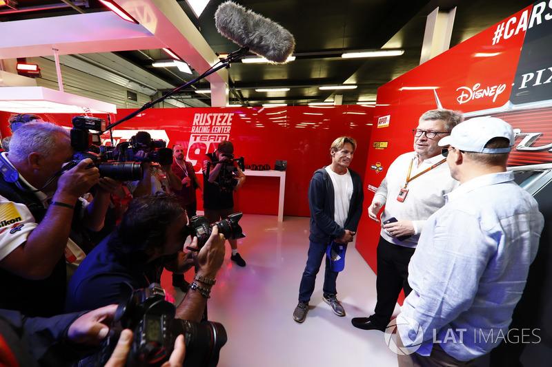 Ross Brawn, Formel-1-Motorsportchef, mit Woody Harrelson, Schauspieler