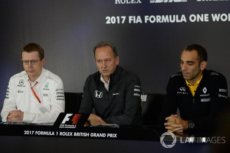 Andy Cowell, Mercedes-Motorenchef, Jonathan Neale, McLaren-Geschäftsführer, Cyril Abiteboul, Renault