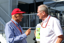 Niki Lauda, Mercedes AMG F1 Non-Executive Chairman talks to Dr Helmut Marko, Red Bull Motorsport Consultant