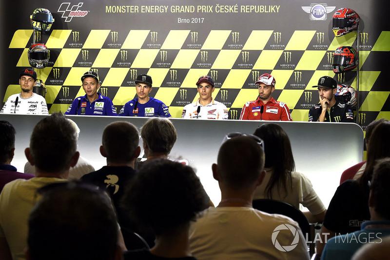 Karel Abraham, Valentino Rossi, Maverick Vinales, Marc Marquez, Andrea Dovizioso dan Jonas Folger