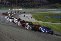 Elliott Sadler, JR Motorsports Chevrolet and Ryan Preece, Joe Gibbs Racing Toyota, restart