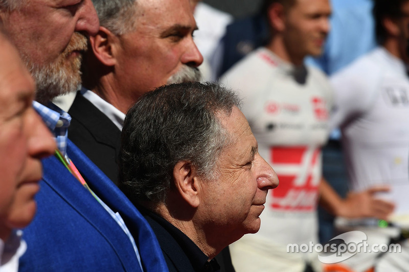 Jean Todt, FIA President and Chase Carey, Chief Executive Officer and Executive Chairman of the Form
