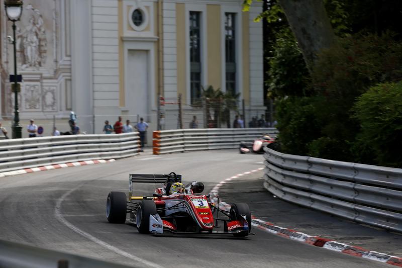 9. Максиміліан Гюнтер – 3-й у Євро Ф3, 5-й на Гран Прі Макао, 5 перемог, 16 подіумів