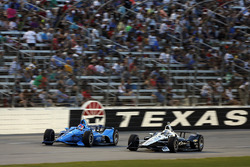 Ed Jones, Chip Ganassi Racing Honda, Simon Pagenaud, Team Penske Chevrolet