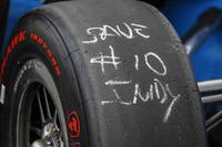 Ed Jones, Chip Ganassi Racing Honda, banden