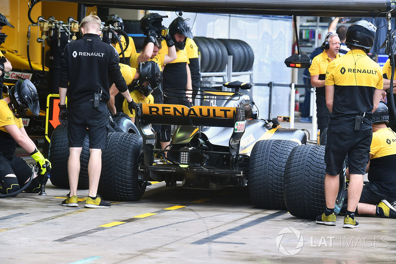 Renault Sport F1 Team pit stop antrenmanı