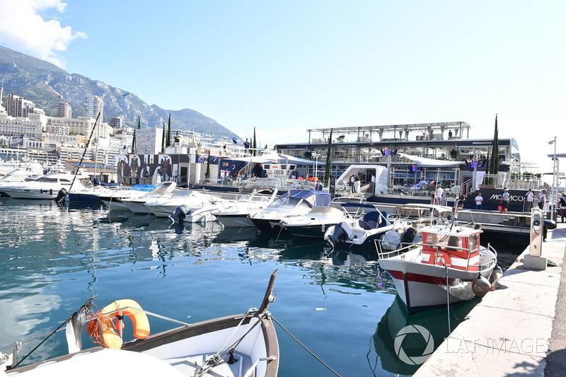 Barcos en el puerto