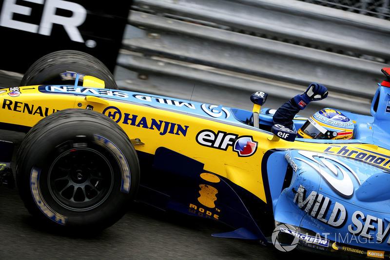 1: Fernando Alonso: 239 grandes premios (el 79,40% de los disputados)