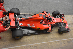Ferrari SF71H with mirrors on halo