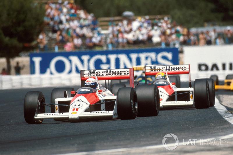 Alain Prost, McLaren MP4/4, devant Ayrton Senna, McLaren MP4/4