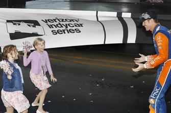 IndyCar-Champion 2018: Scott Dixon, Chip Ganassi Racing Honda, mit seinen Töchtern Tilly und Poppy