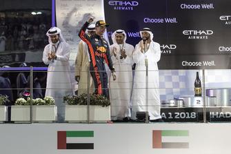 Max Verstappen, Red Bull Racing sur le podium