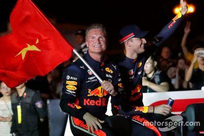 Show run da Red Bull em Hanoi