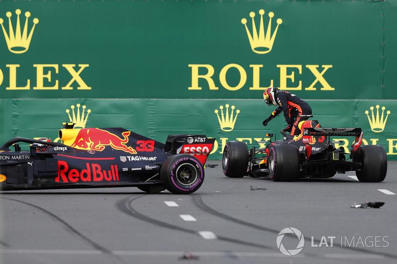 Daniel Ricciardo, Red Bull Racing RB14 ve Max Verstappen, Red Bull Racing RB14 kaza sonrası