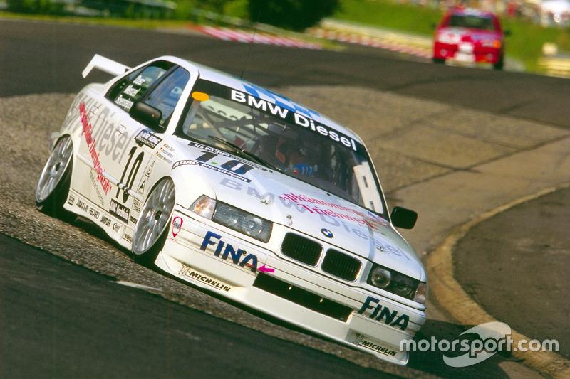 1998: Марк Дюэз, Андреас Бовензипен, Кристиан Менцель, Ханс-Йоахим Штук – BMW 320d