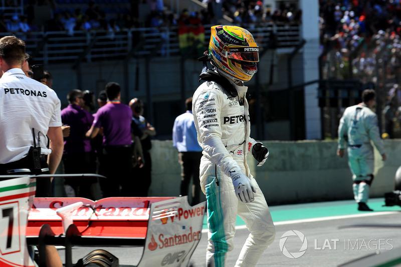 """4. Lewis Hamilton, Mercedes AMG F1 - """"Het vuur brandt nog altijd"""""""