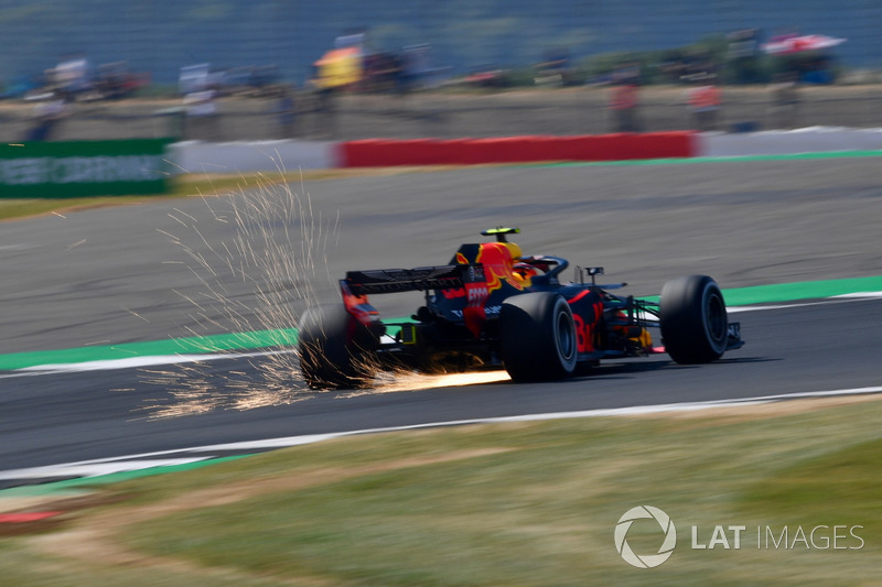 5º Red Bull Racing RB14 (1062 vueltas)