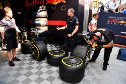 Red Bull Racing en Pirelli-banden