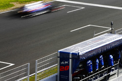 Pierre Gasly, Scuderia Toro Rosso STR13, flashes past his pit wall