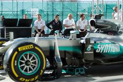 Ingenieros de Mercedes AMG F1