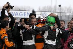 Sieger #63 ORANGE1 by GRT Grasser Lamborghini Huracán GT3: Andrea Caldarelli, Mirko Bortolotti und #82 GRT Grasser Racing Team Lamborghini Huracán GT3: Rolf Ineichen, Christian Engelhart