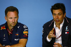 Toto Wolff, Executive Director, Mercedes AMG, and Christian Horner, Team Principal, Red Bull Racing, in the Friday press conference