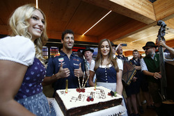 Daniel Ricciardo, Red Bull Racing celebrates his birthday with a Birthday cake